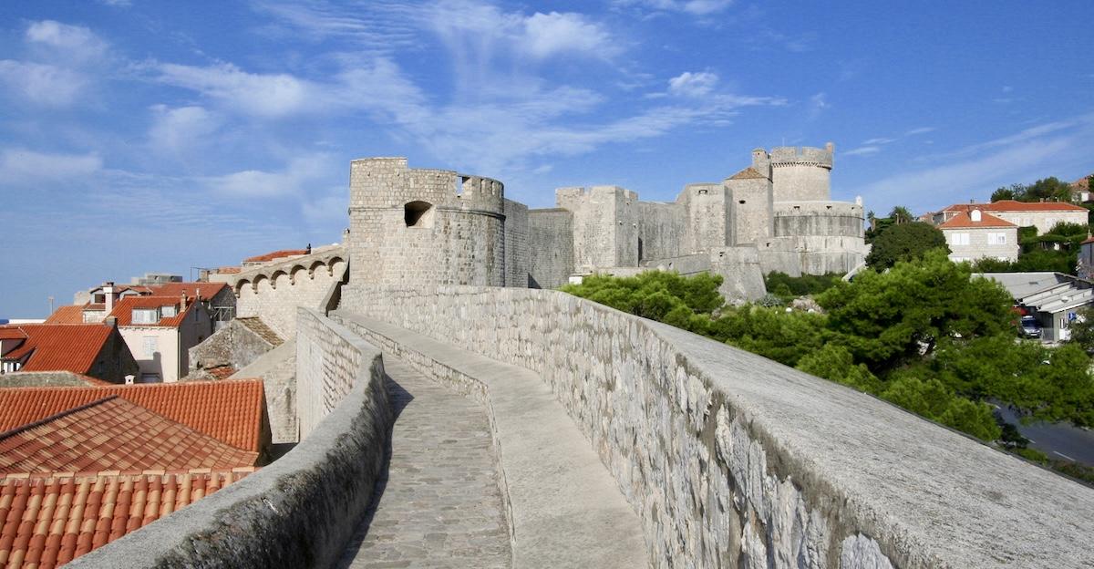 old city walls dubrovnik croatia