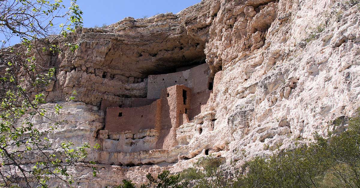 A view of the ruins at Montezuma Castle National Park