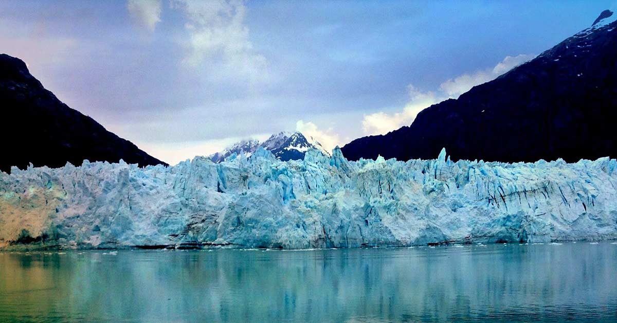 A glacier at the edge of the sea in Alaska. www.aTRAVELthing.com