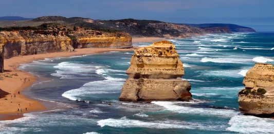 A view of one of the 12 Apostles on the Australian coast. www.aTRAVELthing.com